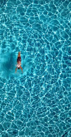 Azul -- shot from floor balcony of Parc Hotel in Waikiki swimming water vacation photo Parc Hotel, All Nature, Blue Aesthetic, Ciel, Belle Photo, Summer Vibes, Summer 3, Summer Picnic, Summer Parties