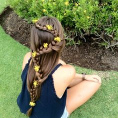 Braid with flowers #tangled