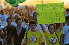 Informação errada espalha que a Lei de Reforma do Congresso é uma PEC de iniciativa popular