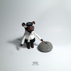 Leather bear no.034 / heritage by Huns 2015.