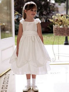 8b2016eef3cd 32 Best Flower girl dresses images