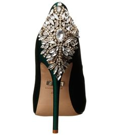 Elegant and sexy this dark green (emerald) peep toe prom shoes 2015 by Badgley Mischka feature a gorgeous jeweled crystal/rhinestone back and heel