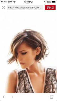 Best Wavy Bob Hairstyles I LOVE this cut. I've had my hair similar to this many times.I LOVE this cut. I've had my hair similar to this many times. Short Textured Haircuts, Asymmetrical Bob Haircuts, Stacked Bob Hairstyles, Hairstyles Haircuts, Textured Bob, Medium Wavy Hairstyles, Pixie Haircuts, Layered Haircuts, Braided Hairstyles