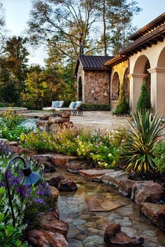 55 Visually striking pond design ideas for your backyard. Someday in the future a pond will be in our back yard Landscaping Austin, Backyard Landscaping, Landscaping Ideas, Stone Landscaping, Luxury Landscaping, Backyard Garden Design, Ponds Backyard, Backyard Stream, Garden Pool