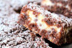Supergoda chokladrutor med vaniljfyllning   Nina Hermansen - Niiinis Kitchenlife Baking Recipes, Cake Recipes, Baking Buns, Swedish Recipes, Bread Cake, Bagan, Pie Dessert, Snacks, Just Desserts