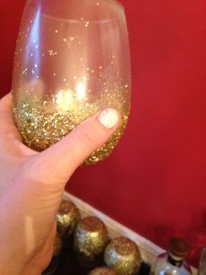 CRAFTCorner | DIY Glittery Stemless Wine Glasses – sweet caroline: southern. sweet. fancy. fun