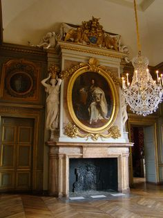 Best Castles & Palaces of Europe Architecture Old, Beautiful Architecture, Architecture Details, Fireplace Design, Fireplace Mantels, Mantles, Fireplaces, French Interior, Luxury Interior