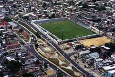 O Estádio Ismael Benigno, mais conhecido como Estádio da Colina, está localizado entre os bairros da Glória e São Raimundo. Acervo: Arquivo Público Municipal de Manaus.