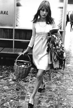 Jane Birkin in 1966: Photo credit Rex: via Daily Telegraph Fashion 20/7/15