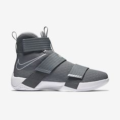 Nike Zoom LeBron Soldier 10 Men's Basketball Shoe