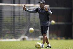 BotafogoDePrimeira: Atacante... e trabalho! Botafogo busca fechar elen...