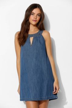 Shop BDG Triangle-Cutout Denim Trapeze Dress at Urban Outfitters today. We carry all the latest styles, colors and brands for you to choose from right Denim Outfits For School - Summer Fashion New TrendsShop Women's Urban Outfitters Blue size Urban Dresses, Trendy Dresses, Simple Dresses, Casual Dresses, Casual Outfits, Modest Fashion, Fashion Dresses, Hijab Fashion, Elegant Outfit