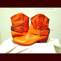 BCBGeneration booties Sz 7 1/2 Beautiful Cognac leather booties w/ awesome chain detail around the back from ankle to ankle. They are a RePosh, I wish I didn't have to list them. Never worn & they are stunning. They are sized 7 1/2 & I'm normally a 7 or 71/2 but, these truly run like an 8! Even w/a pad in them they are still to big. Only selling them for what i paid for them!! BCBGeneration Shoes Ankle Boots & Booties