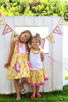 Pink Lemonade Stand via Tea Party Designs and MiaMoo Designs  #teapartydesigns #pinklemonade