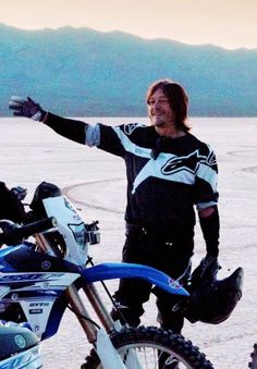 Hi Elizabeth!! Wanna go for a ride? Hell yes Norman but we have to go pick up Sheryl too!! lol