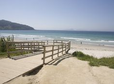 playa de patos. Vigo, Galicia. Spain Surf Trip, Beach Trip, Places To Travel, Places To See, Cities, Going On Holiday, Beach Holiday, Surfing, To Go