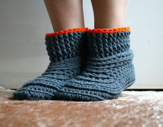 Crochet Pattern, crochet slipper pattern, Lazy Sunday Home shoes crochet pattern 185  This Crochet pattern is called Lazy sundays, I love them, some