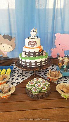 Farm Animal Birthday, Horse Birthday, Farm Birthday, Birthday Parties, Farm Fest, Farm Cake, Farm Party, Fondant Cakes, Cake Decorating