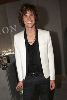 All things Miles McMillan : Photo
