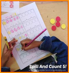 Spill, count, color to practice making numbers!  FREEBIE!