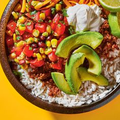 This Mexican-inspired burrito bowl recipe is so easy to put together, the kids can do it! Serious Eats, Mexican Food Recipes, Vegetarian Recipes, Cooking Recipes, Burritos, Pan Fried Trout, Herbed Rice, Bowl Recipe, Shrimp Risotto