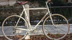 Mercadillo vintage de bicis en la Galería Blanca Soto