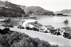 By the Evans Bay Parade was a popular boating spot. Wellington New Zealand, Bay Photo, Local Paper, Air New Zealand, Flying Boat, Kiwiana, Historical Images, British Isles, Old Photos