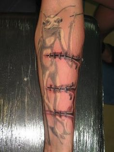 D tattoos are in trend and look really awesome when they are given a perfect realistic approach. Celebrities too get tattoos on their body like David Beckham, Johny Depp, and Megan Fox. Arm Tattoos Rip, 3d Tattoos For Men, Basic Tattoos, Cool Tattoos For Guys, Unique Tattoos, Body Art Tattoos, Girl Tattoos, Tatoos, Diy Tattoo