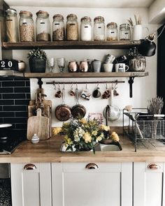 This homy style brings a friendly and inviting atmosphere to any home. Doesn't matter you live in the town or countryside, you owe big or small kitchen, you can create really unique and welcoming rustic kitchen design. Rustic Kitchen Decor, Home Decor Kitchen, Diy Kitchen, Kitchen Interior, Home Kitchens, Kitchen Dining, Kitchen Ideas, Rustic Farmhouse, Kitchen Jars