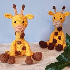 Geoff the Giraffe - UK Terminology - Amigurumi Crochet pattern by Little Green Bear Giraffe Crochet, Giraffe Pattern, Double Crochet, Single Crochet, Green Bear, Little Giraffe, Crochet Fall, Paintbox Yarn, Yarn Needle