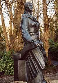 Grace O'Malley (Gráinne Ní Mháille), c. 1530 – c. 1603, was Queen of Umaill, chieftain of the Ó Máille clan and a pirate (yes, a pirate) of Tudor Ireland. She is more commonly known by her nickname Granuaile. This is a link to the story of one of the most fascinating women in Irish history.