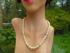 Necklace pale cream pearls and rhinestones by violetsparks on Etsy, £18.00