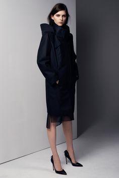 kel markey for helmut lang pre-fall 2013 High Fashion, Fashion Show, Fashion Outfits, Fashion Design, Women's Fashion, Review Fashion, Fashion Editorials, Runway Fashion, Fashion Women