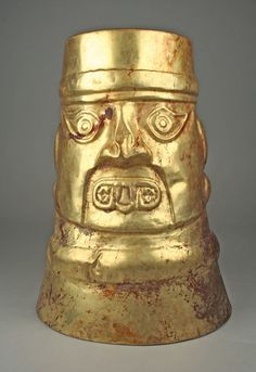 Inverse-Face Beaker Date: 9th–11th century Geography: Peru Culture: Sicán (Lambayeque) Medium: Gold Dimensions: H. 10 1/2 in. (26.7 cm) Aztec Architecture, Peru Culture, Arte Tribal, Great Works Of Art, Getty Museum, Mesoamerican, Inca, 11th Century, Museum Collection