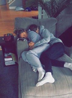 Couple goals, significant other, relationship goals, snuggles couple goals pictures - Relationship Goals Cute Couples Photos, Cute Couple Pictures, Cute Couples Goals, Cute Couples Cuddling, Couple Cuddling, Couple Sleeping, Cute Teen Couples, Cute Relationship Goals, Couple Photography