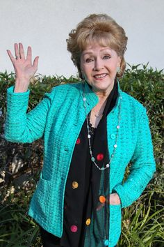 Debbie Reynolds 04/01/1932-12/28/2016  84 years old, just days after her daughter, Carrie Fisher, passed away.