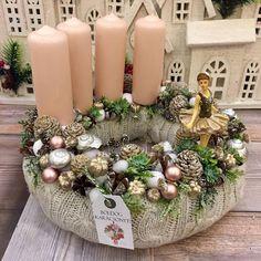 Adventi koszorúk és még sok más - Villa Majolika Winter Christmas, Christmas Wreaths, Christmas Decorations, Table Decorations, Holiday Decor, Christmas Floral Arrangements, Decoupage, Centerpieces, Ideas