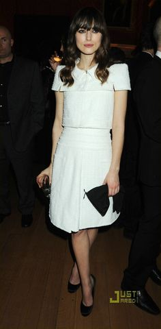 Keira Knightley wearing Gina Arella Heels, Valentino Bow Clutch and Chanel Spring 2009 Couture White Tweed Dress.