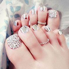 new 24pcs Shiny Metal color fake nail Tips With Glue manicure nail art maquiagem fake nails toenail false nails pieces diamond #NailsAcrylic