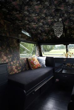 gorgeous camper trailer (from my cool caravan)