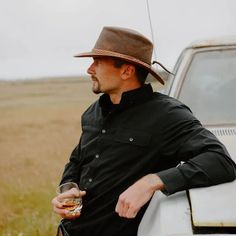 The American Outback Crusher Leather Hat, much like its Aussie Outback counterpart, is virtually indestructible. Crush it, pack it, or wear it! Perfect for protecting you from sun and rain while hiking and backpacking in the mountains, relaxing on your favorite beach, exploring on horseback, or chilling on your favorite patio - drink in hand! #hats #leatherhats #ahm #americanhatmakers Mens Leather Hats, Outdoor Fashion, Stylish Hats, Red Carpet Event, Outfits With Hats, Hat Making, Leather Accessories, Chilling, Backpacking