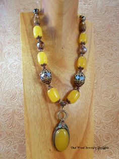 Chunky Tribal Style Necklace Set Golden Yellow Jade with