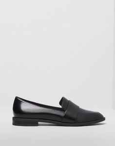 :BASIC LOAFERS pull and bear!!!