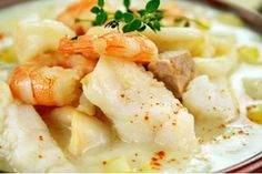 Thick and creamy seafood chowder
