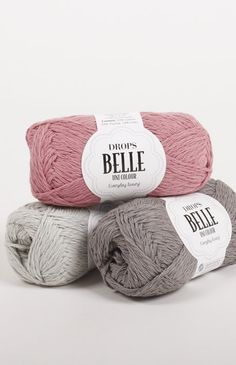 Made from a wonderful mix of cotton, viscose and linen, DROPS Belle is an all-year yarn that breathes well, has a delicate texture and shine, and it's perfect. Knitting Wool, Knitting Needles, Wool Yarn, Baby Knitting, Loom Knitting Projects, Knitting Supplies, Knitting Patterns, Crochet Patterns, Crochet Cord