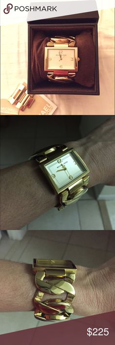 Rare Michael Kors Gold Watch Elegant and beautiful watch! I love the bracelet of it... Comes with the box and I just replaced the battery! Michael Kors Accessories Watches