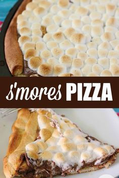 Smores Pizza sticky sweet pizza heaven Covered in rich chocolate and then topped with melted marshmallows for an outofthisworld dessert Smores Pizza Recipe, Pizza Dessert, Desert Pizza Recipes, Smores Dessert, Tiramisu Dessert, Köstliche Desserts, Delicious Desserts, Dessert Recipes, Sweet Desserts