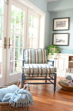 A wonderful color palette of blue, white, and wood tones