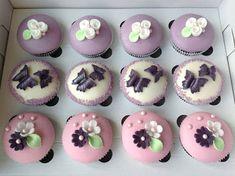 Narozeninové cupcakes Kefir, Mini Cupcakes, Cheesecake, Desserts, Food, Tailgate Desserts, Deserts, Cheesecakes, Essen