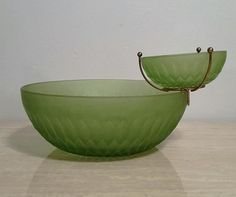 Vintage 1960s Chip and Dip Bowl Set in Green Frosted Glass